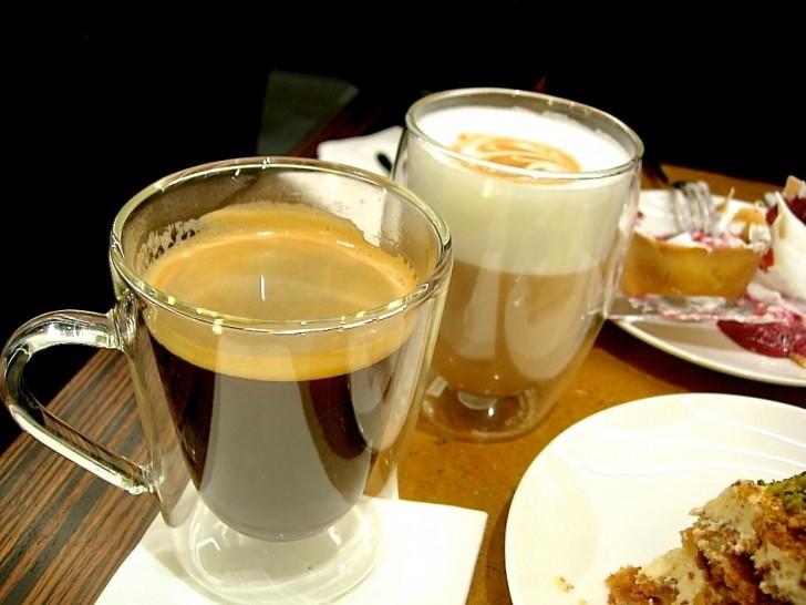 コーヒーのほかにフルーツ・ティーがスペシャリティ