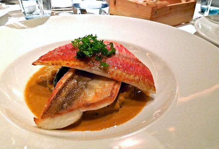 コース料理の魚料理