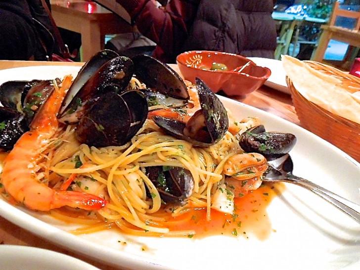 絶品ソースがからまる魚介スパゲッティ