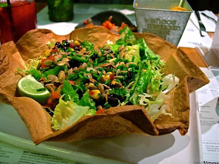 かなり食べ応えのある豆サラダ