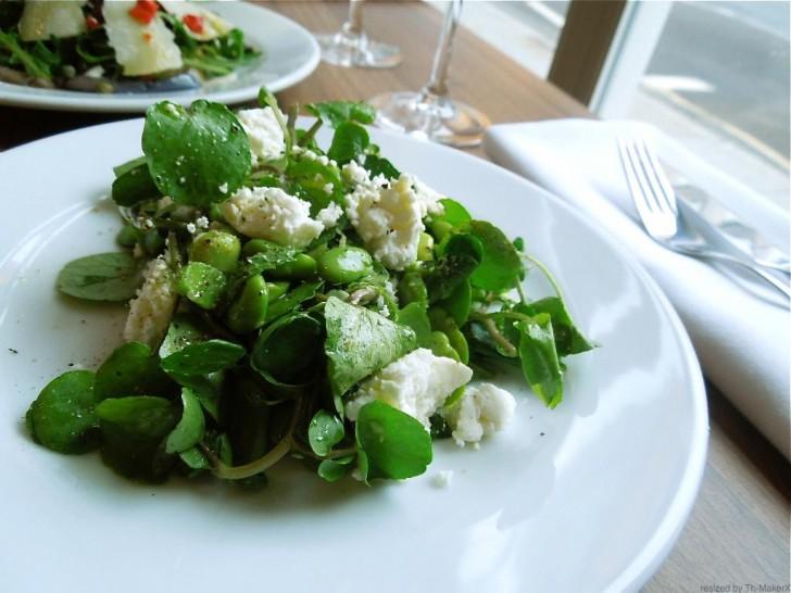 グリーンとリコッタのシンプル・サラダが旨い
