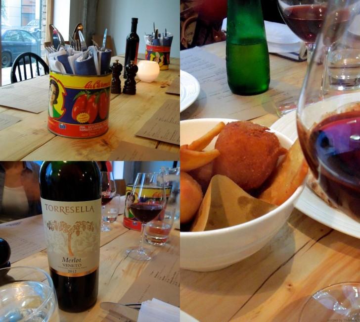 ワインは赤白それぞれボトルが2種類