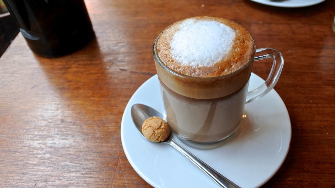 コーヒーはいまいち〜・・ヴィレッジ内のFederation Coffeeに移動するのが正解なのかも ^^;