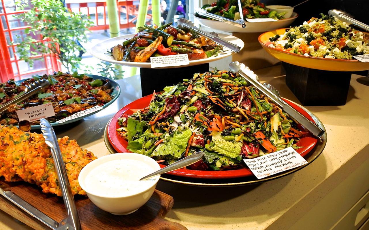 ポッシュな日替わり惣菜の数々