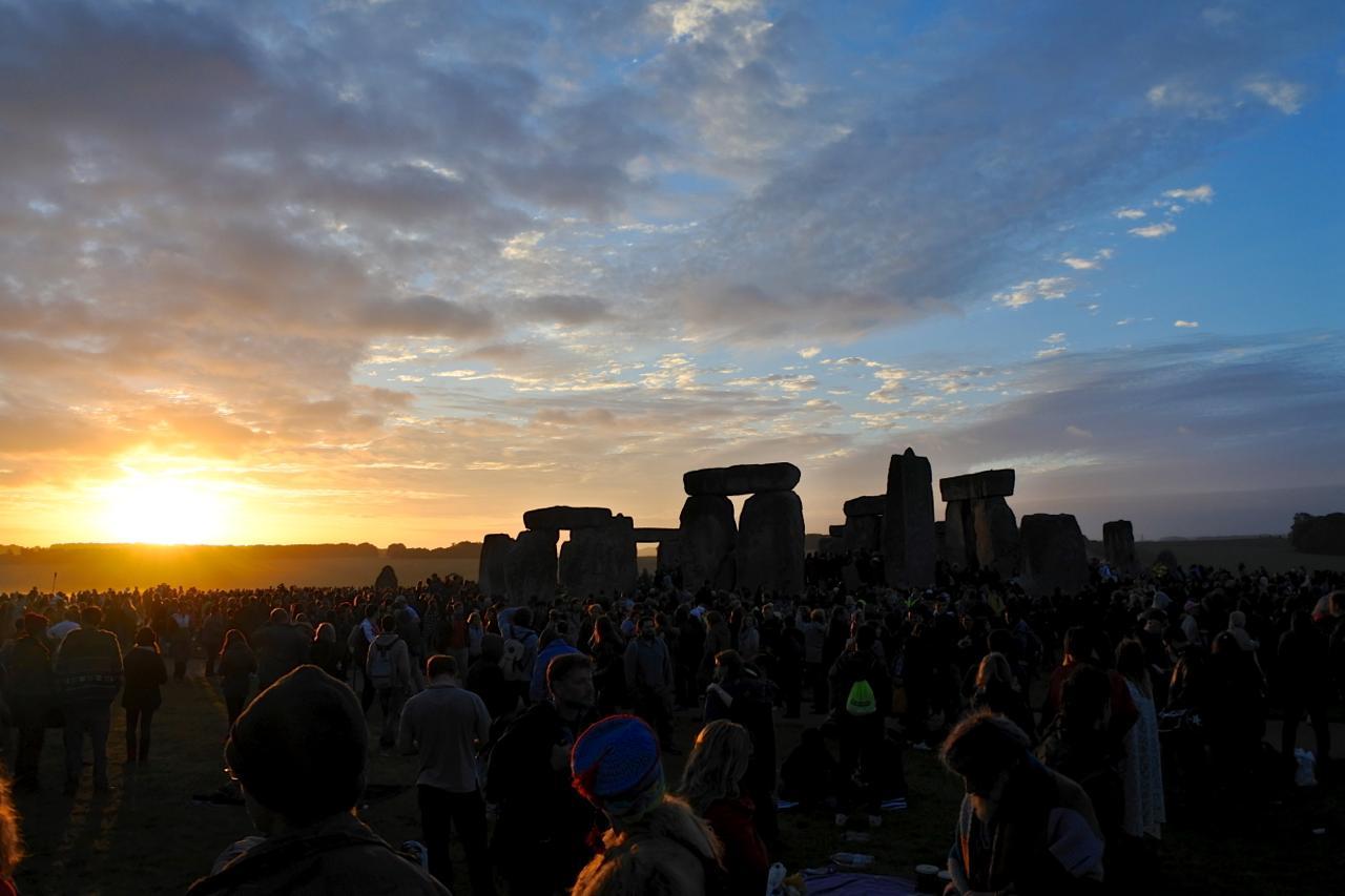 th_Stonehenge8
