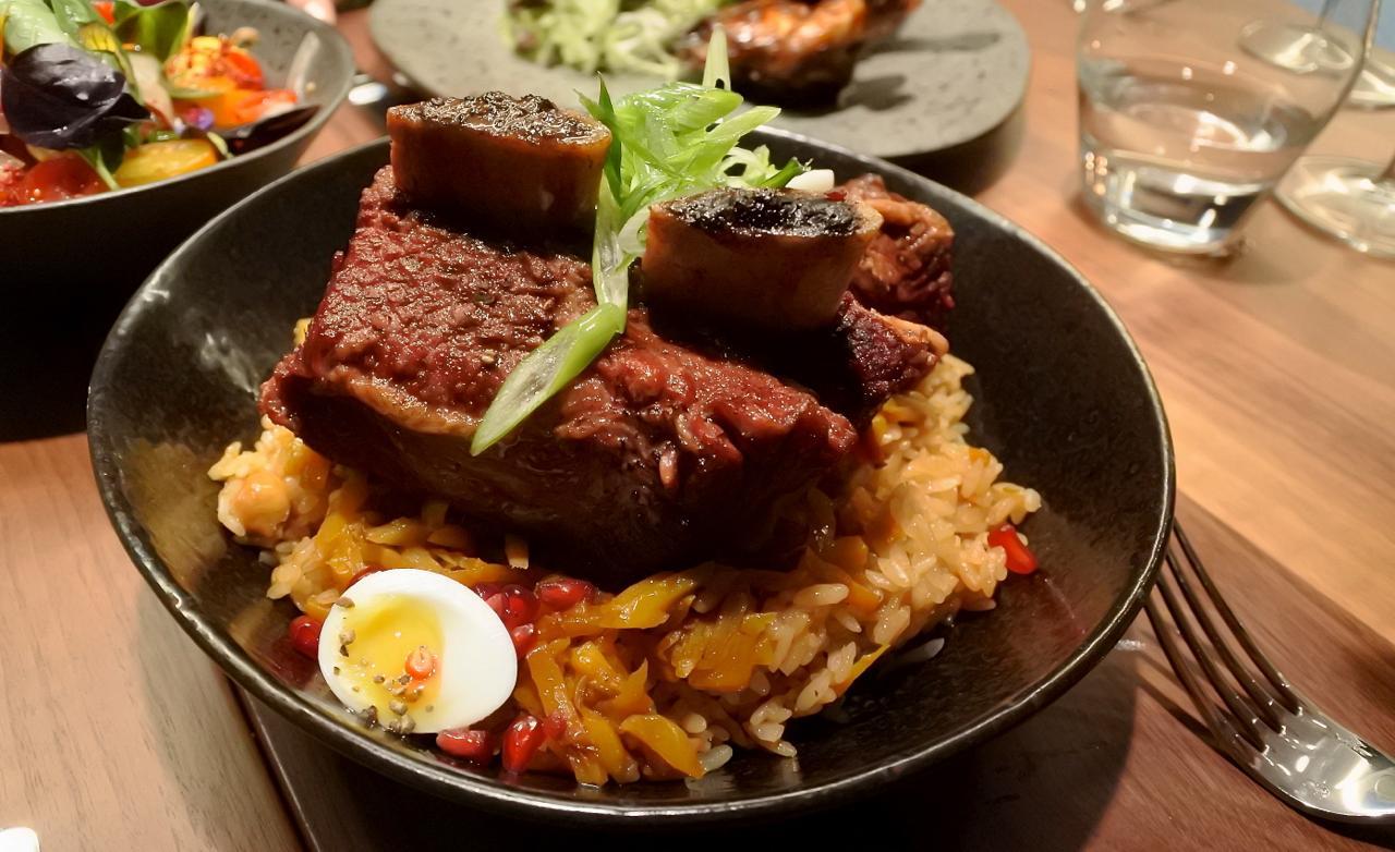 ビーフを食べないようにしている私でも美味しいと感じた伝統のピラウライス