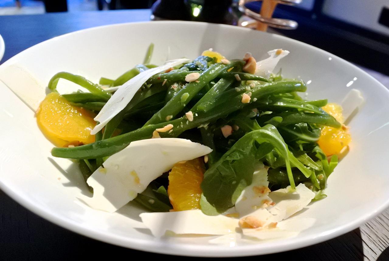 またぜひ食べたい、インゲン豆とペコリーノのサラダ☆