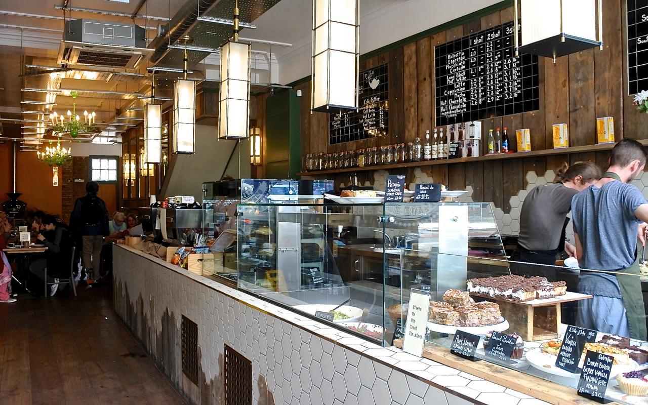 ハンサム・タイプのカフェです