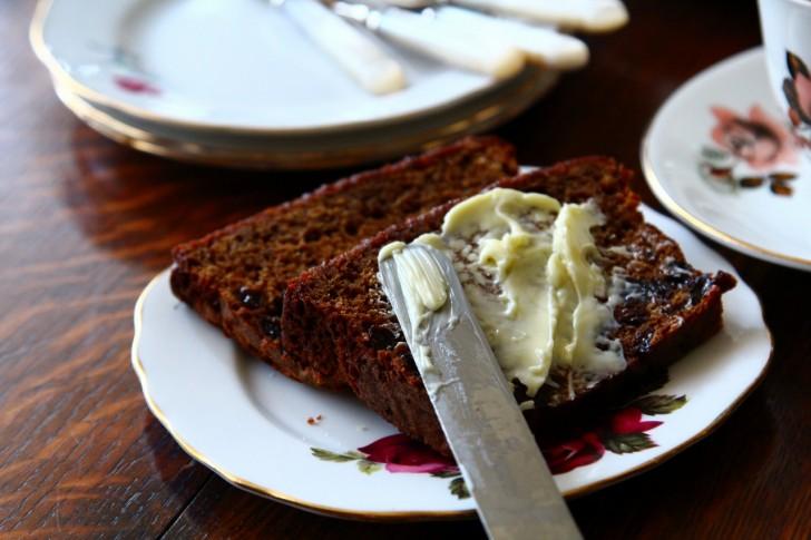 バターをたっぷり塗ってがお決まりの食べ方☆