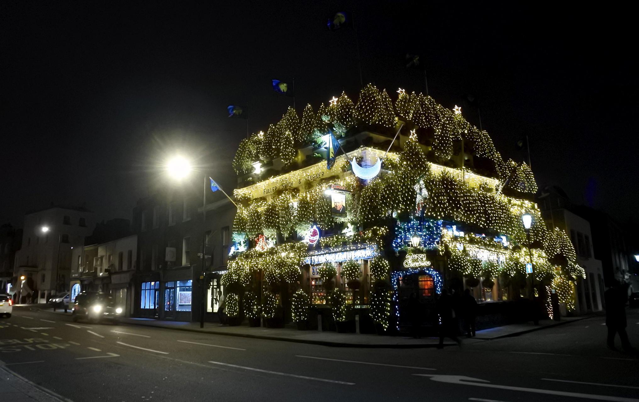 """The famous pub """""""" in Kensington"""