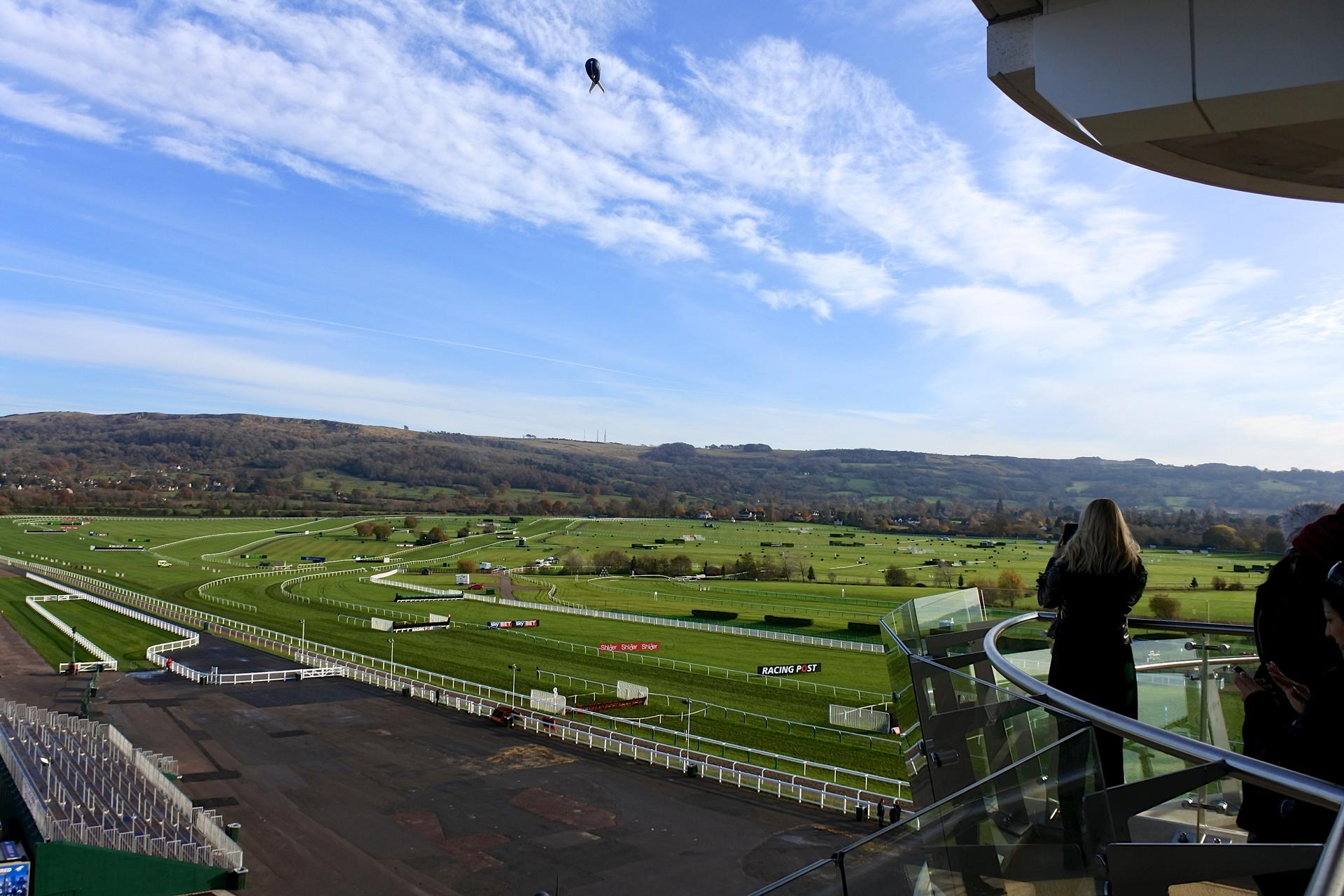 th_Cheltenham Racecourse_8