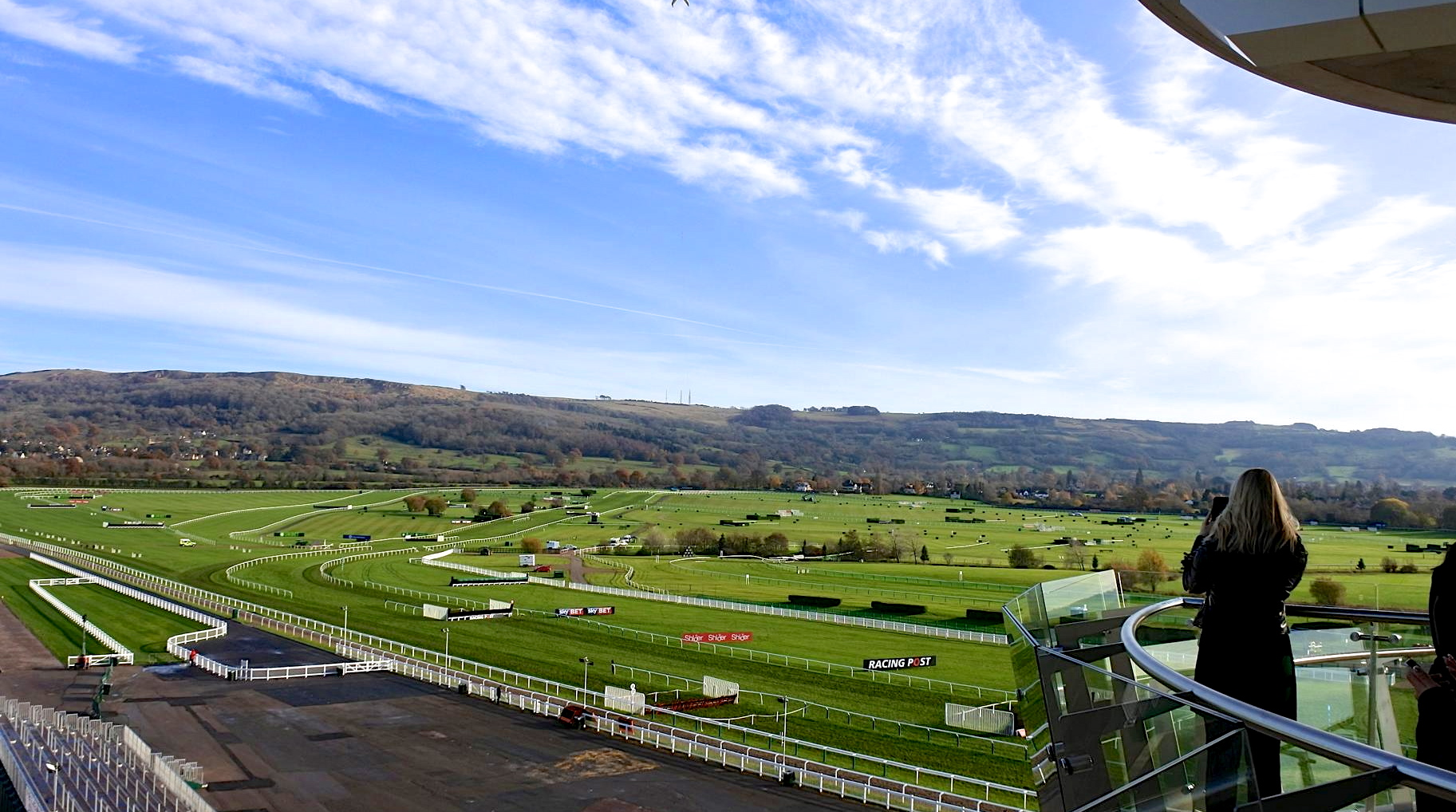 th_Cheltenham Racecourse_banner