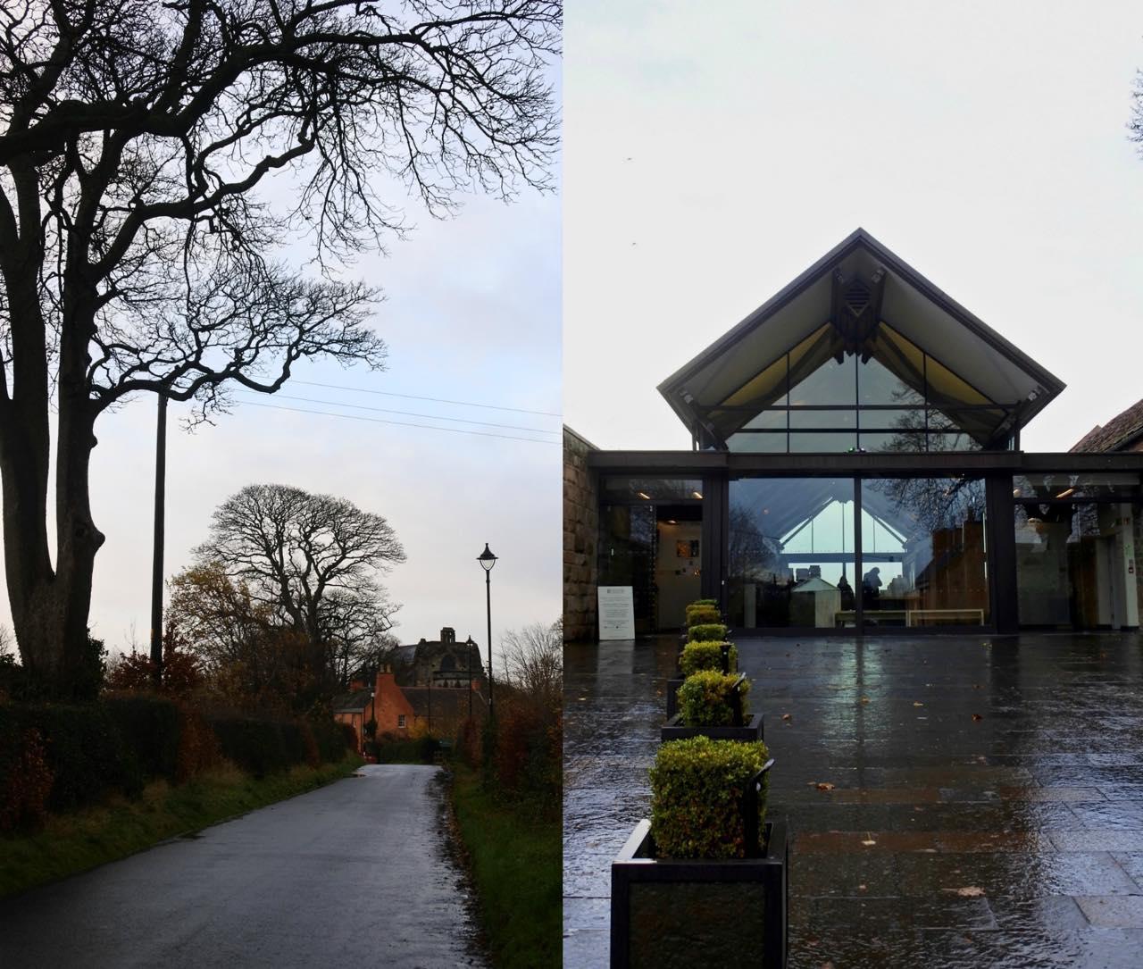 左はバス停を降りてから礼拝堂へと向かう道すがら。右が礼拝堂への入り口。